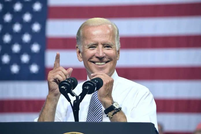 Biden Suspends Trump Order That Would Lower Insulin and Epinephrine Costs